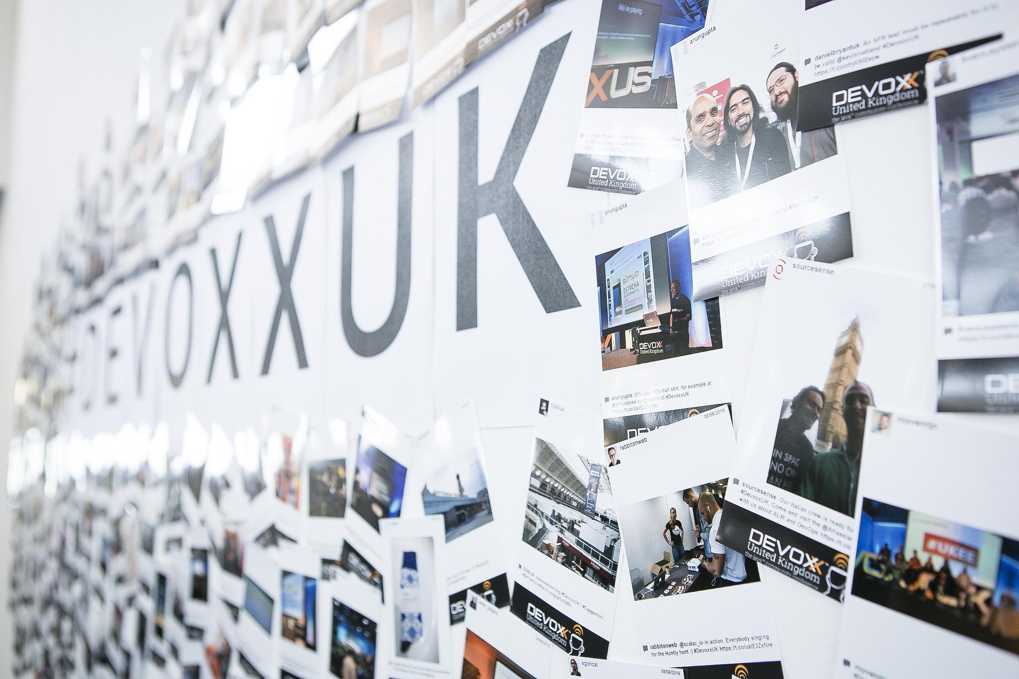 devoxx uk photo wall